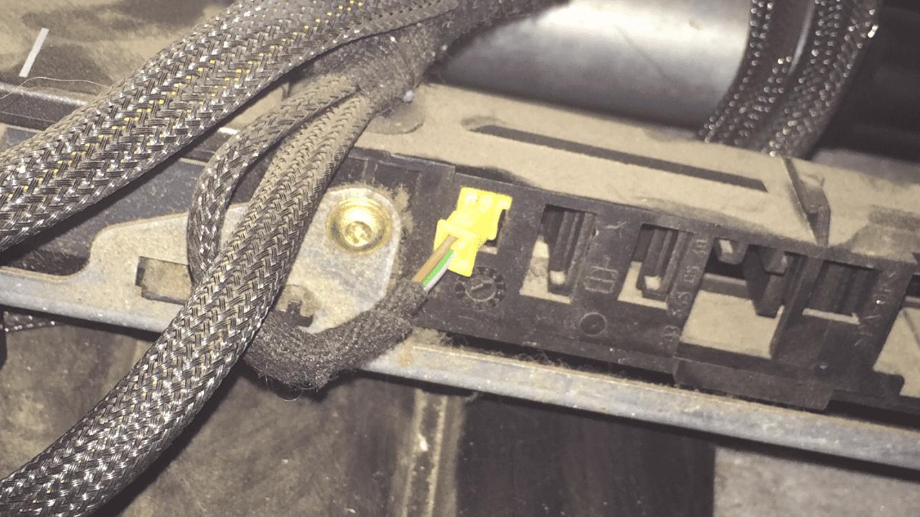 W203 SRS Warning Light - Loose Connectors Under Seat? | Mercedes